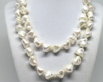 Magnificent Gorgeous  Estate Signed KJL Pearl Beaded Necklace