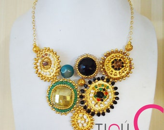Big medallions necklace