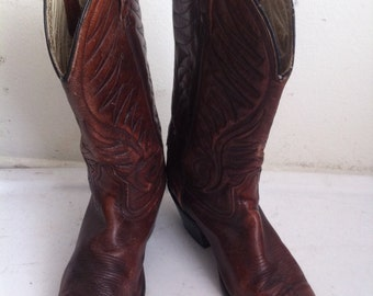 Red men's boots from leather soft and genuine leather, vintage style western boots cowboy boots old boots retro boots men's size - 9 1/2 D.