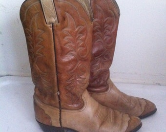 Light brown men's cowboy boots made from real leather, with embroidery vintage style western style old boots men's size - 9 D.