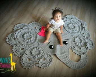 Crochet Elephant rug. Photo props. Baby shower gift. Christmas gift. Handmade rug. Nursery rug