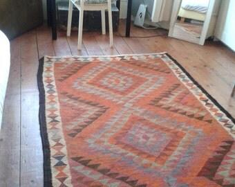 Kilim, Turkish, Vintage.  Vegetable dyed. Wool. Hand woven. 254 x 140 cm