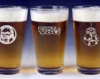 Star Wars Chewbacca BB8 Pint beer Glasses groomsman wedding gift engraved