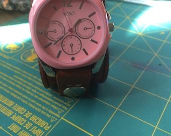 Custom leather watch bandt