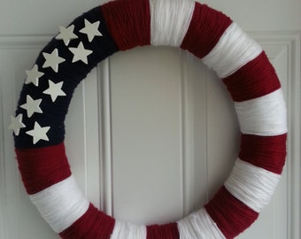 "18"" Red, White and Blue Patriotic Yarn Wreath. 4th of July / Memorial Day"