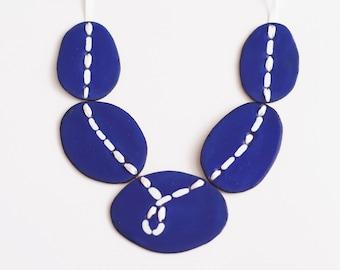Statement Necklace dark blue