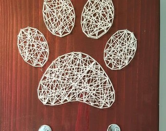 Paw print leash hanger