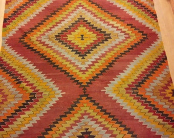 EXTRA SALE- Vintage pure wool Turkish kilim, 5x7 ft