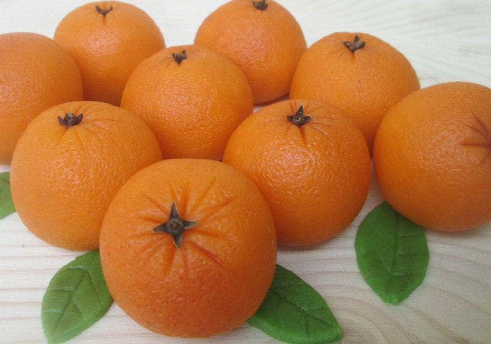 Marzipan oranges 9 3d marzipan orange cake decorations for Fruit orange decoration
