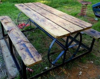 Simplyus-Boutique wagon wheel picnic table