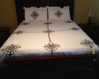 Hand woven and hand embroiderd bed cover with two pillow shams