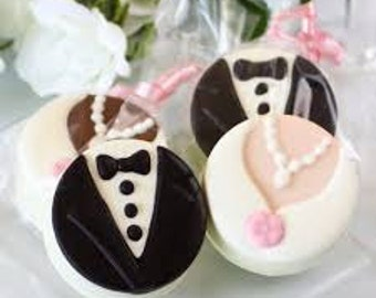 BRIDE and GROOM Chocolate Covered Oreos - WEDDING Favors (12)