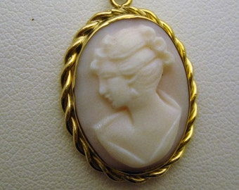 14K Porcelain Cameo with Chain, #8279