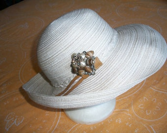 Lovely 1970's 1980's August Paper/Cotton Straw Hat With Beautiful Vintage Brooch. Kentucky Derby Hat. Wear With Brim Turned Up Or Down.