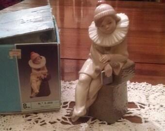 Lladro Little Jester 5203 figurine