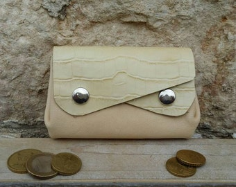 Purse women - 5 pockets beige leather.