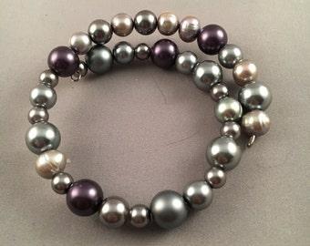Dark Gray and Plum Beaded Memory Bracelet