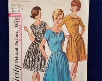 Vintage Simplicity dress pattern 5940 Size 16 1/2