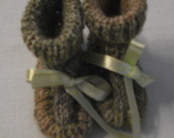Knitted booties for the little ones. Made from special  sock yarn in green and brown