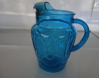 Vintage Anchor Hocking Colonial Tulip 80 oz. Pitcher with Ice Lip in Laser Blue