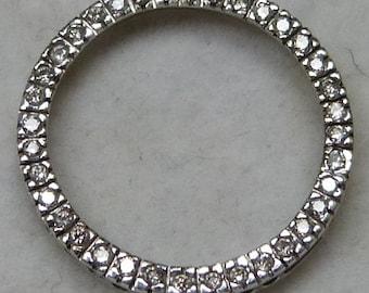 10 karat white gold circle pendant