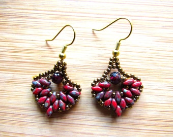 pretty fan earrings with Superduos and Garmets