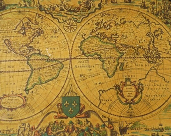 Vintage tray/map of the world
