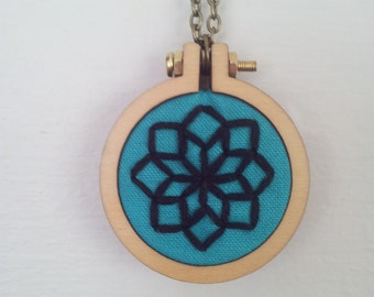 Mini Hoop Necklace with Embroidery of Illusion Flower