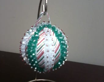 Christmas Ornament - Green/Red