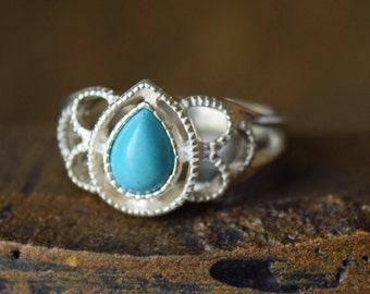 Pear Shape Turquoise 925 Silver Vintage Ring, US size 5.75, Used