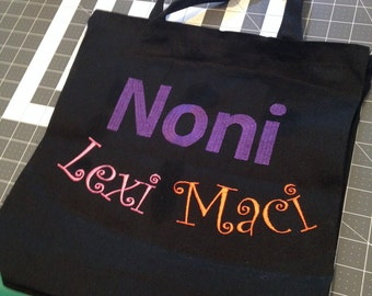 Canvas tote bag with embroidery