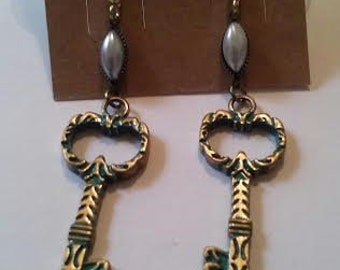 Pearl Key Earrings
