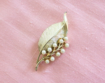 vintage leaf pearl pin brooch branch lapel costume jewelry retro pinup