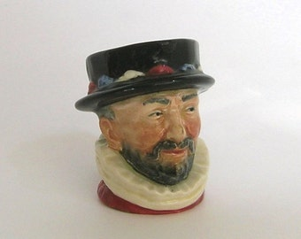 Royal Doulton, Toby Jug, Character Jug, Beef Eater, Vintage Collectible, Made in England