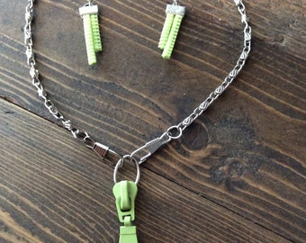 Set necklace and earrings-zips green lima