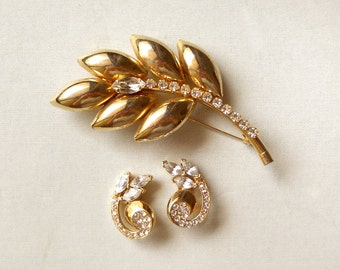 Vintage Gold Leaf Brooch and Earring. Leaves Brooch. Vintage Pin. Vintage Earring. Leaves Jewelry. Nature Jewlery. 1980's Jewelry Set