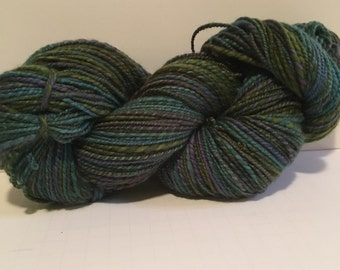 Handspun super fine merino feels like cashmere wool yarn. 2ply worsted weight. weighs 8.0oz appx. Combined 324 yards.