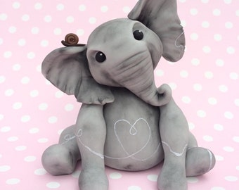 Isadora Elephant PDF instant download, cake topper tutorial. Cake decorating step by step guide.