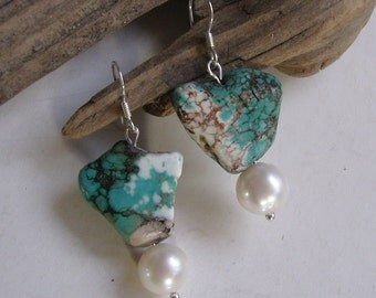 Earrings - turquoise with genuine cultured pearl