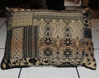 New Brown Black And Gold Decorator Pillow 15x20 SC3290