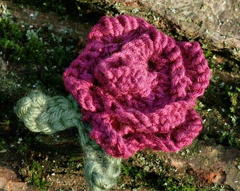 Pattern: Scallop Rose Brooch
