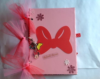 Minnie Mouse scrapbook