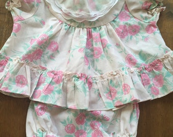 Adorable vintage top with matching diaper cover. size 18 months