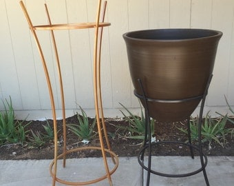Small Planter Stand