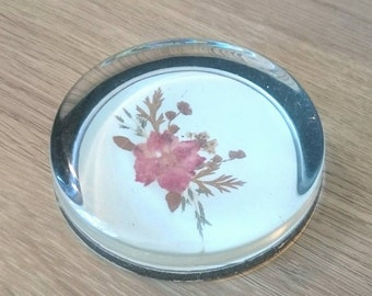 Vintage Floral Paperweight Pressed Flowers and Leaves