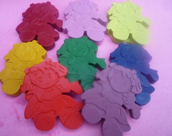 6 doll shaped novelty wax crayons