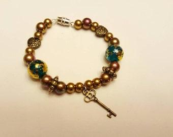 Child Bracelet with Key Charm