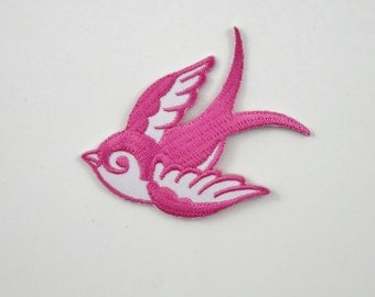 Swallow (Pink, Right) Iron On/ Sew On Embroidered Cloth Patch Badge Appliqué hot fix stitch bird UK SELLER Size: 7cm x 6.1cm