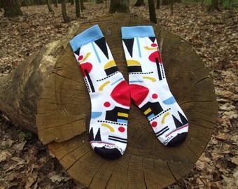 Arte astratta quasi Kandinsky quasi Malevich calze calze calze di forme geometriche