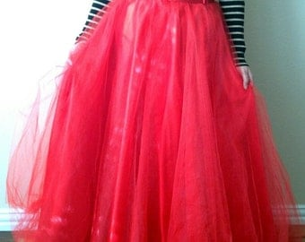 RED TULLE Maxi SKIRT